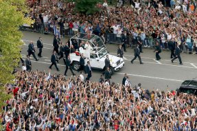 Popemobile 9.25